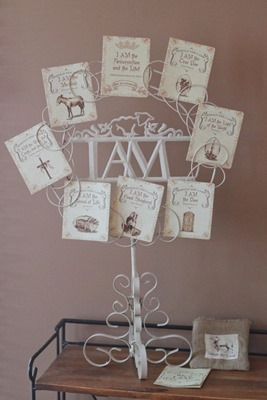 Behold the Lamb Easter Wreath - teaches about eight 'I AM' statements of Jesus during the week before Easter