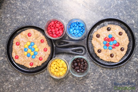 atomic cookie skillet - hands on learning about atoms {%{% Homeschool Creations 2015-4