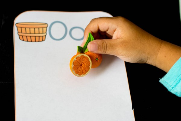 fruits-and-vegetables-beginning-sounds-sort-shot-with-hand-1-of-1