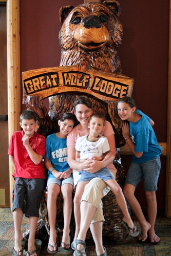 Great Wolf Lodge-1-2