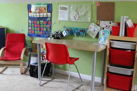 Kindergarten workspace-3