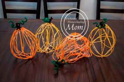 Homeschool Preschool - yarn pumpkins