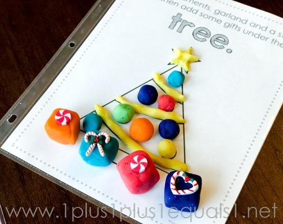 christmas-play-dough-mats-0684