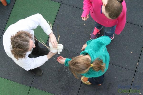 Egg Drop #STEM Challenge for kids-40