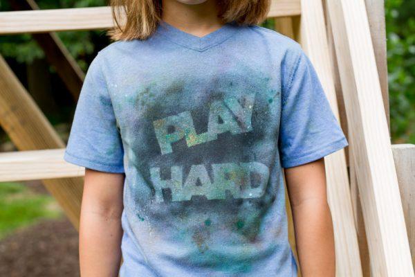 PLAY-HARD-splatter-paint-shirt-tutorial-andreasnotebook.com-6
