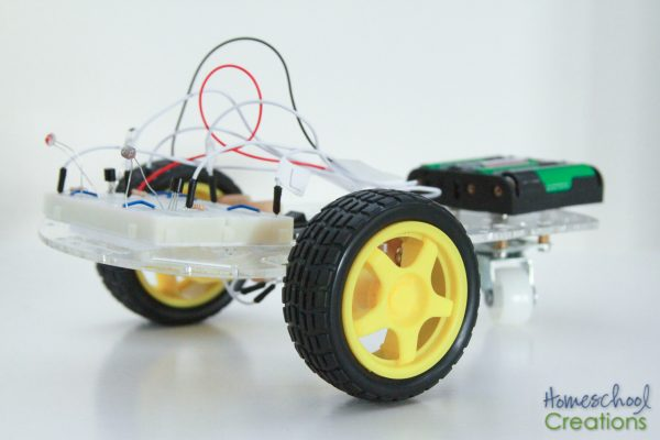 robotics for kids - Q the robot from EEME project