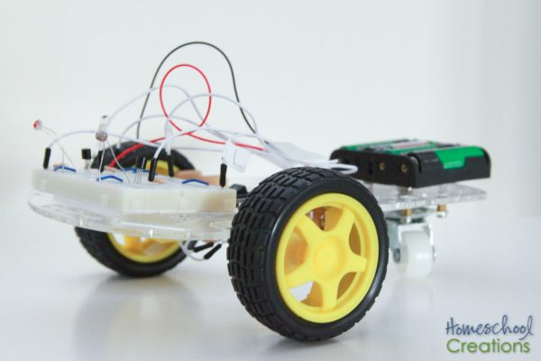 Q the Robot - robotics project for kids from EEME