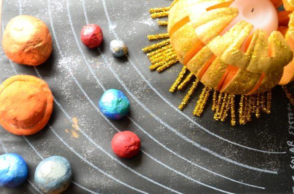 solar-system-with-pumpkin-dough-11