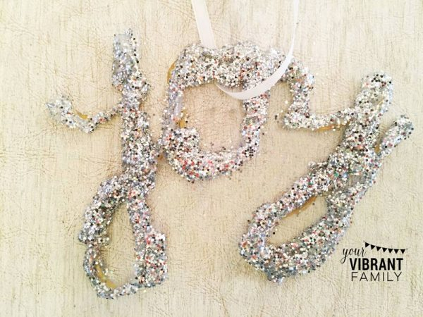 glitter-letter-ornament-wlogo