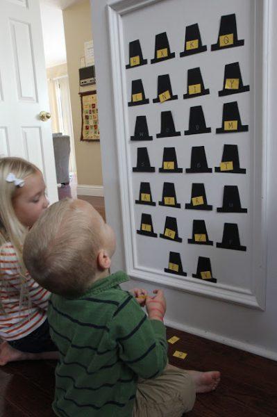 pilgrim-hat-alphabet-match-toddler-approved